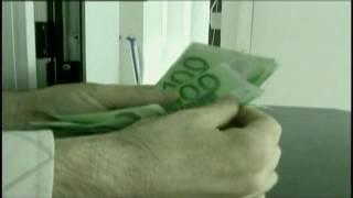 DOSJA/ Mashtroi duke përvetësuar 900 mijë euro, prangoset 38-vjeçarja