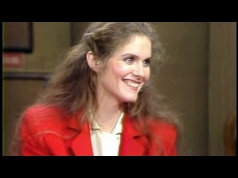 Download Julie Hagerty on Late Night, December 1, 1982 -new epis