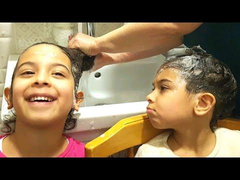 Hello Kitty Şampuanla Yıkandık. Kozmetik Ürünlerini Kullandık.Fun Twins.