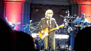 "Hall & Oates performing ""Did It In A Minute"" (Rare) live @ the Mountain Winery on 9/18/2012"