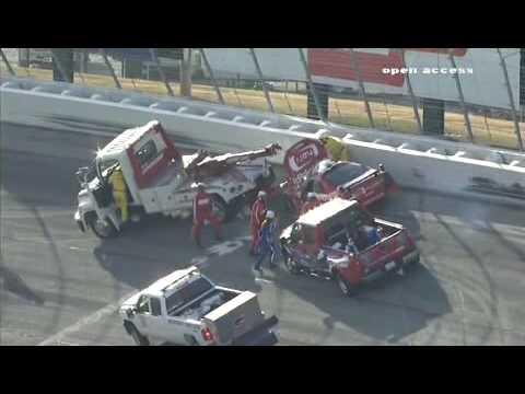 Carl Edwards wrecks Brad Keselowski at Atlanta