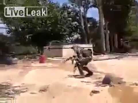 Hezbollah in Syria ambushing rebel - NEVER SEEN BEFORE