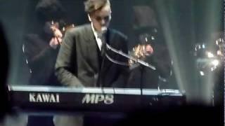 Instrumenti - Pilnīgi viens [Arēna Rīga, 10.12.2011]