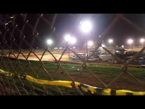 Cherokee Speedway Extreme 4 Main 4/22/17