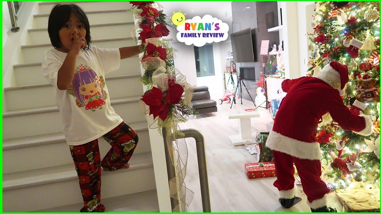 Ryan Caught Santa Claus on Christmas!!