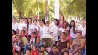 X las Mujeres y la Familia A.C. entrega apoyos en El Salado