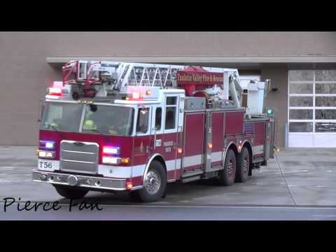 Truck 56 Responding Tualatin Valley Fire & Rescue (2009 Pierce Arrow XT 105' HD Ladder)