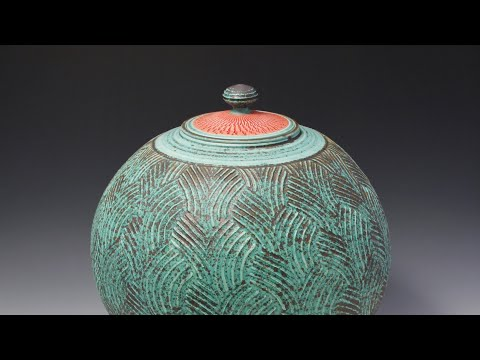 279. Throwing a Large Roller Texture Covered Jar with Hsin-Chuen Lin 林新春 拉坯示範