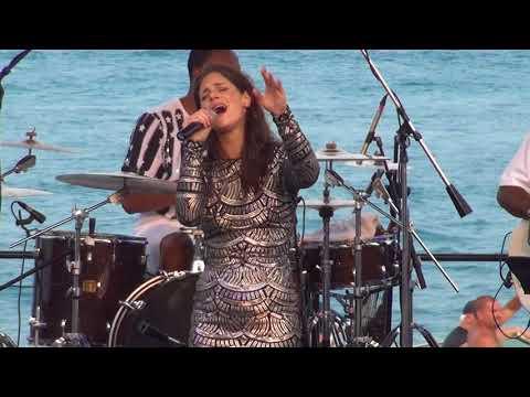 Lindsey Webster - Live - Detroit (St. Clair) - Walk Away - 2018aug18