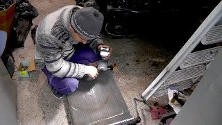 Renault Kangoo. Снятия радиатора и т.д. Ремонт фонаря МЕТАБО