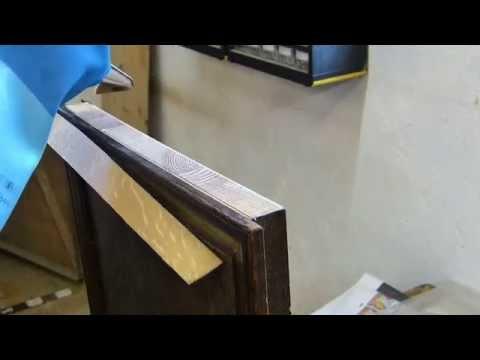 Alles zur Reparatur von Holz, Laminat und Furnier mit Vivien Konca