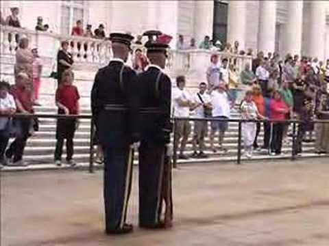 Arlington Cemetery Changing of the Guard (Full Ceremony)