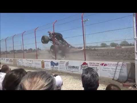 Soloman Valley Raceway (Monster Trucks) Team Bounty Hunter 5/29/16