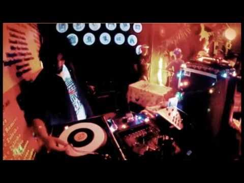 DJ VITROLA No Projeto Roots And Culture Em Fortaleza-CE