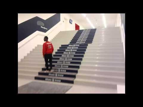 visite guide de l'allianz arena (stade du fc bayern munich)