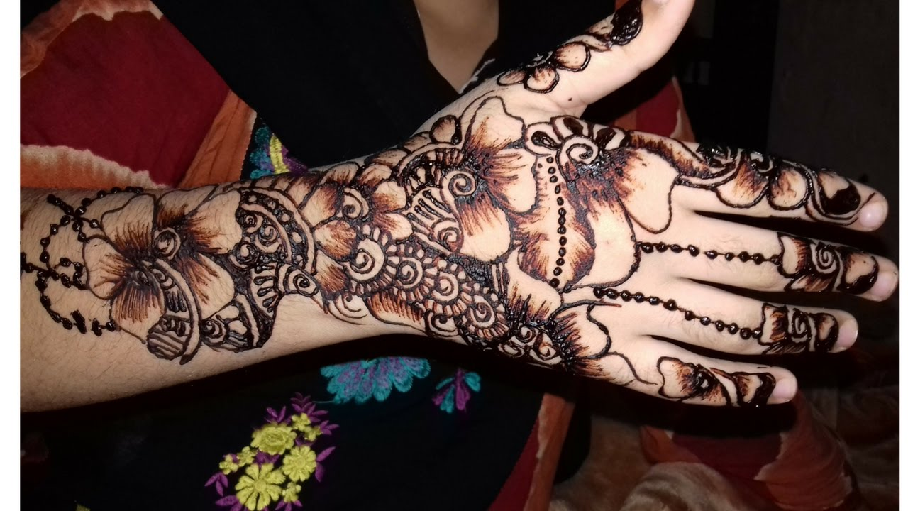 Mehndi Designs On Hands 2017  New Year Mehndi Design