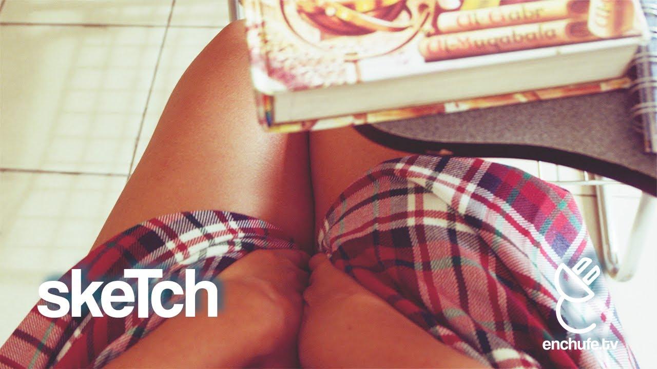 Viendo Como Chica Menstruando (enchufetv fans)