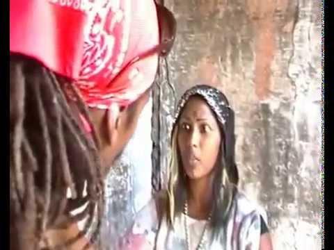 RASTA MAN VISIT A REAL JAMAICAN OBEAH WOMAN ( FUNNY )