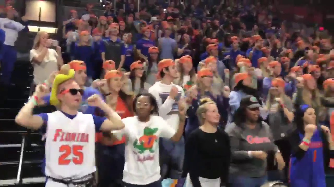 how-gator-fans-dance-at-basketball-games