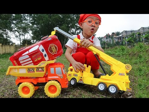 Car for kids Lightning Mcqueen rescued by Crane truck & Excavator Toy with Dave Mario