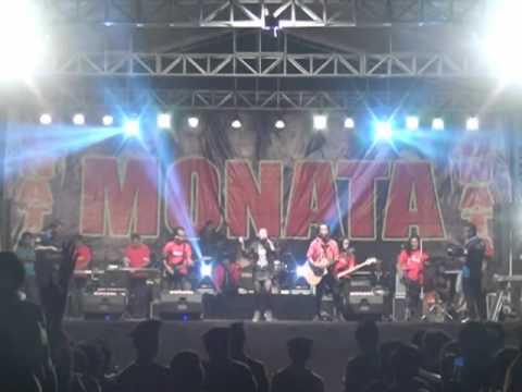 Sunset Di Tanah Anarki   Ratna Antika Monata Live Trawas 30 Agustus 2015