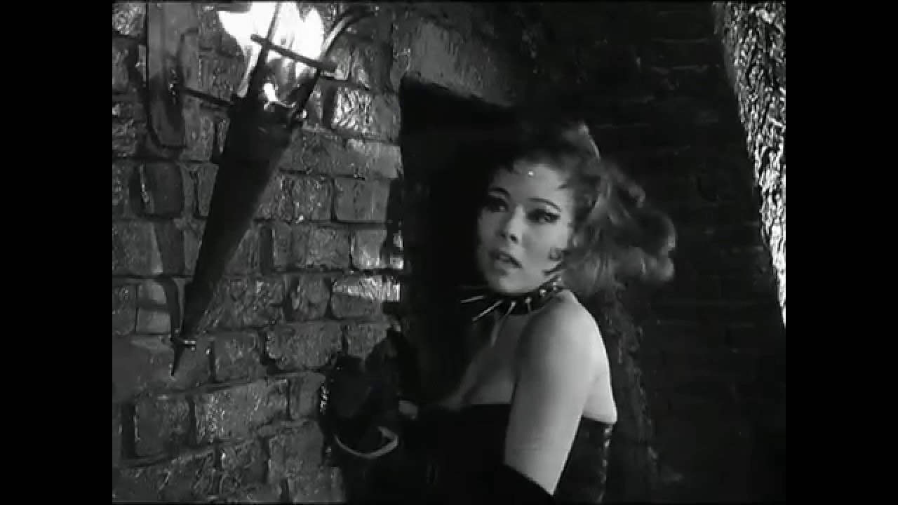 Emma Peel - Queen of Sin whipped in slow-motion HD