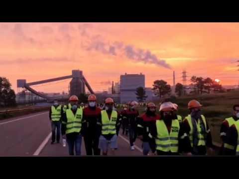 Nueva jornada de protestas ante Alcoa