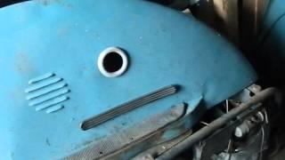 Тула 200м с коляской. (Ретро техника). Tula 200m with a sidecar. (Retro technique)(Обзор мотороллера Тула 200М., 2016-02-21T16:22:54.000Z)