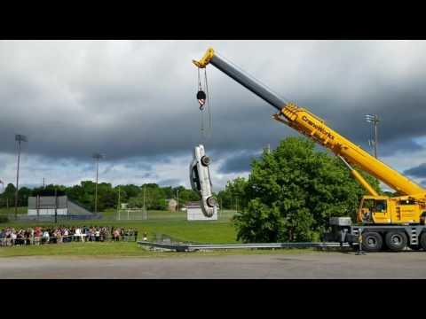 LaVergne High School car drop