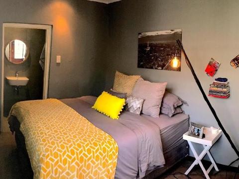 1 Bedroom House For Rent in Parkhurst, Johannesburg, Gauteng, South Africa for ZAR 9000 per month