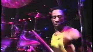 Living Colour - Elvis Is Dead (live)