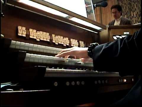 Joy to the World - Christmas Eve mass - Walker Organ