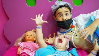 Celina and the Doctor Hasouna - سيلينا والدكتور حسونة