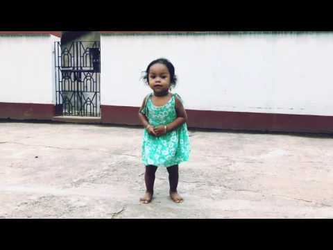 Pindare polasher bon...  Baby funny dance..  Below two years baby dance
