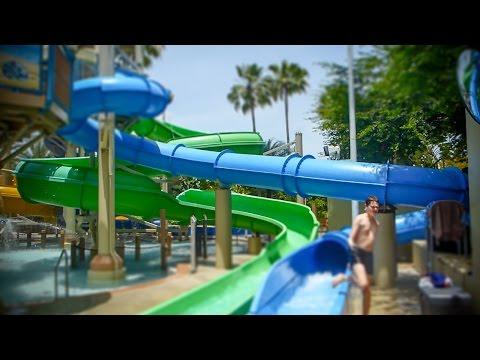 Wet 'n Wild Orlando - Blue Speed Slide   Blastaway Beach Area