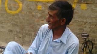 Desi teacher . . English sikhaty huy