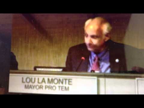 Lou La Monte at  the 4/9/2012 Malibu City Council meeting. Lagoon Item.
