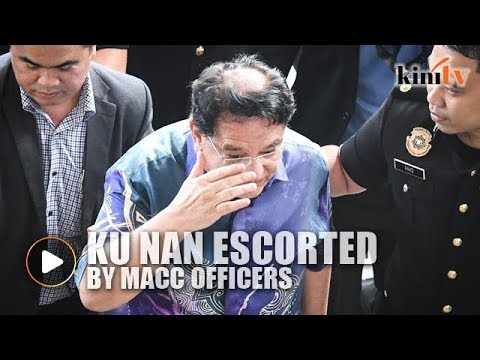 Ku Nan escorted by MACC officers to court