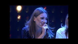 Beyaz Show- Serenay Sarıkaya - Telefonun Başında (Canlı performans)