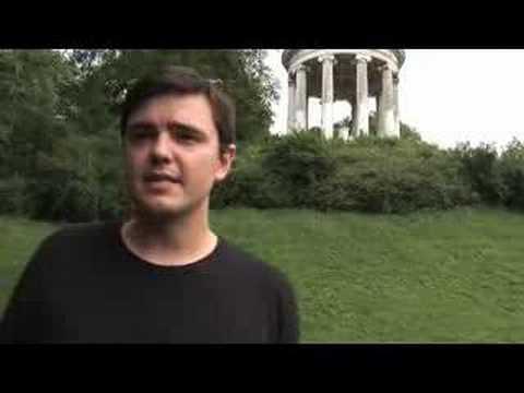 FHM Interviewt Matt Harding Von Wherethehellismatt.com