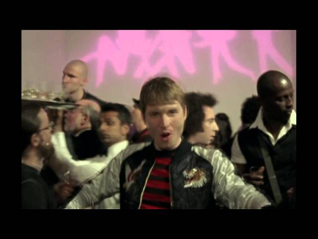 Franz Ferdinand - Do You Want To (Official Video)