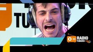 Antón-Lofer-enloquece-componiendo-el-himno-de-Radiotubers