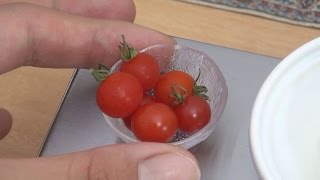 Mini Food Tomato and cream cheese 食べれるミニチュアトマトとクリームチーズ/Cream-cheese filled Mini Tomatoes