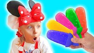 Алиса и Ева делает и продает мороженое
