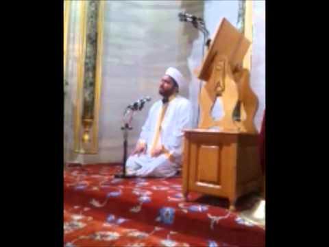 Qari Ishaaq - Imam of Blue Mosque (Sultan Ahmet Mosque) - Istanbul - Turkey