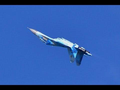 Сеть покорило видео полета украинском Су 27