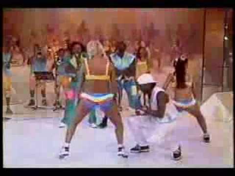 É o Tchan   -  Dança do Ventre 1 (por DJ baiano de caeté)