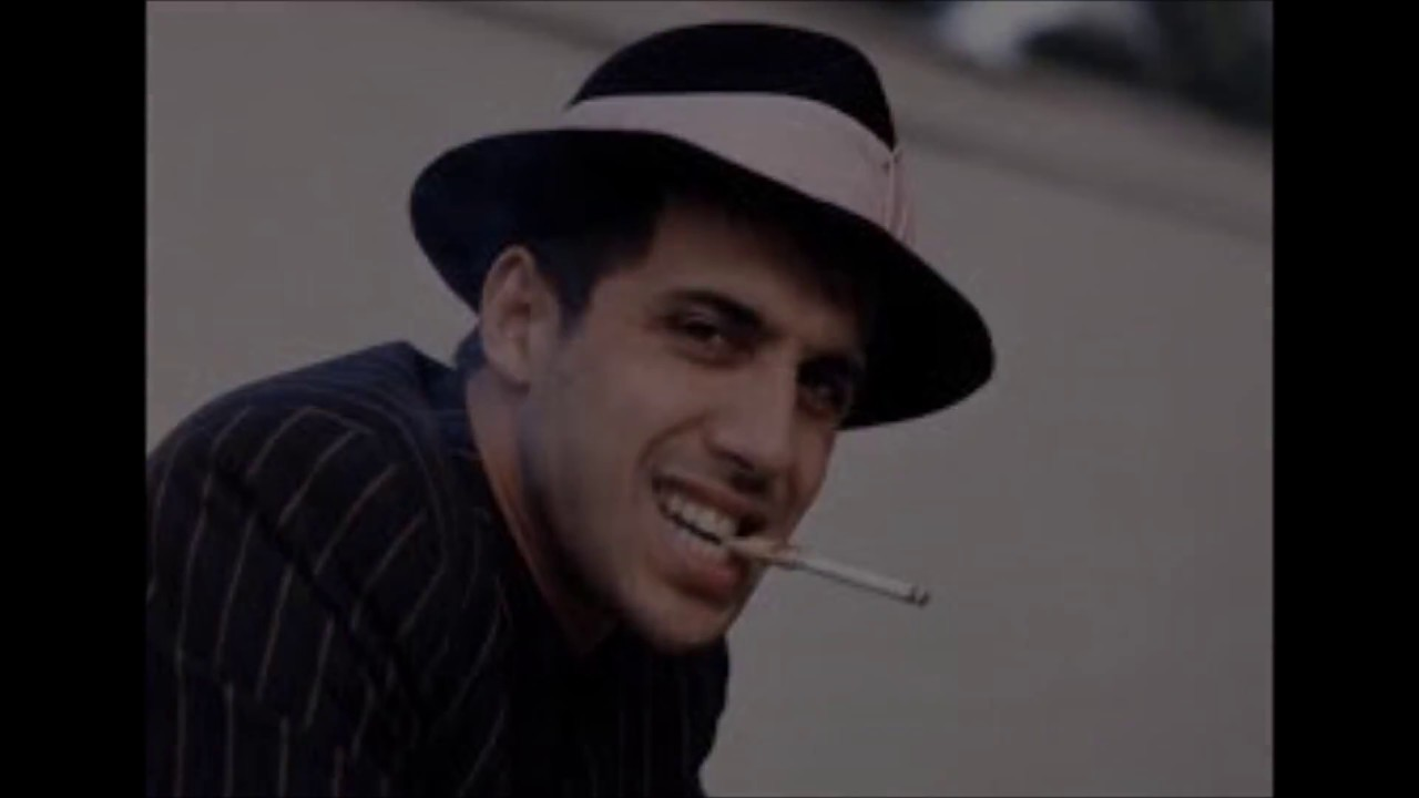 челентано адриано фото с сигаретой шоу