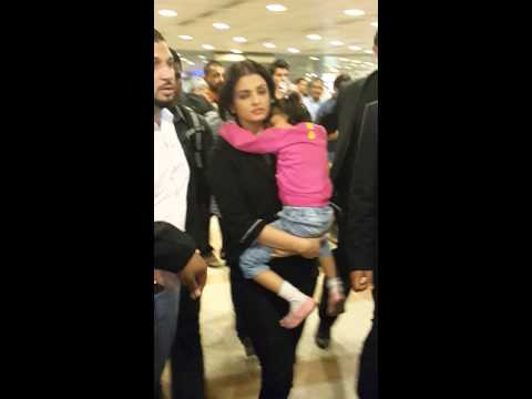 Aishwarya bachan in kuwait international airport