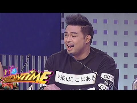 """It's Showtime: Jed Madela belts out """"O Holy Night"""""""